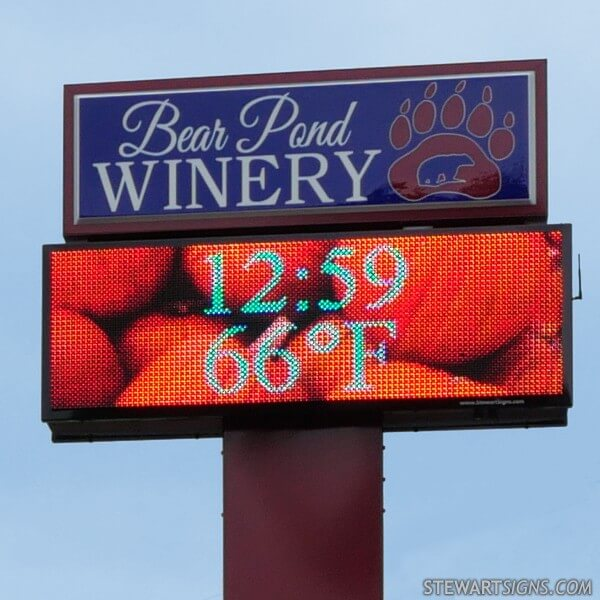 Business Sign for Bear Pond Winery