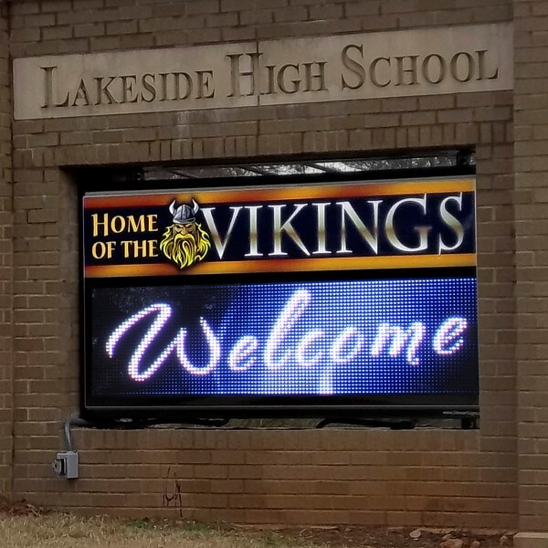 School Sign for Lakeside High School