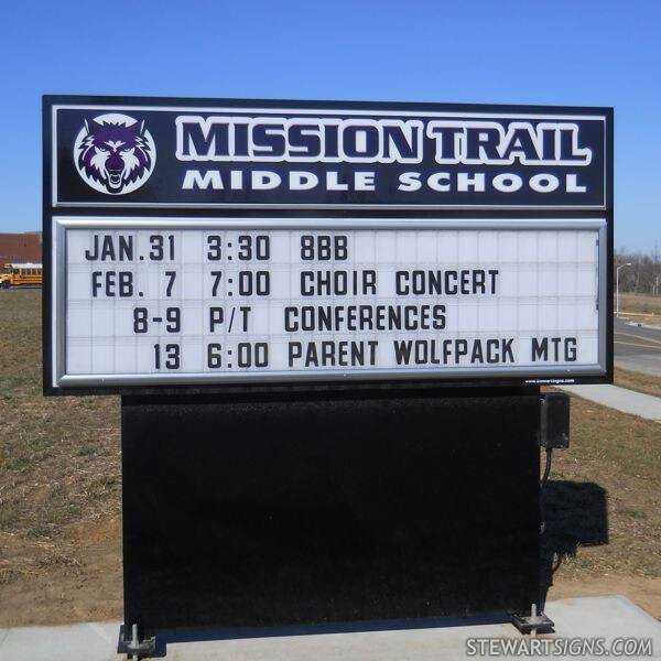 School Sign for Mission Trail Middle School