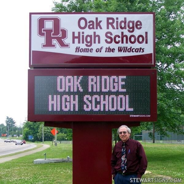 School Sign for Oak Ridge High School