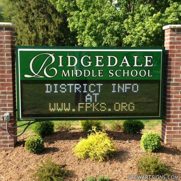 School Sign for Ridgedale Middle School